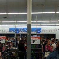 5/25/2013にTommie R.がWalmart Supercenterで撮った写真