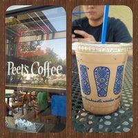 Photo taken at Peet's Coffee & Tea by Paola B. on 6/29/2013