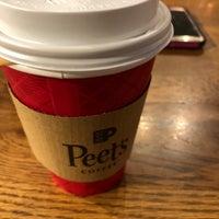 รูปภาพถ่ายที่ Peet's Coffee & Tea โดย E E. เมื่อ 1/21/2018
