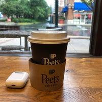 รูปภาพถ่ายที่ Peet's Coffee & Tea โดย E E. เมื่อ 6/3/2018
