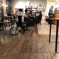 รูปภาพถ่ายที่ Peet's Coffee & Tea โดย E E. เมื่อ 4/1/2018
