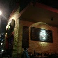 Foto tirada no(a) Macondo Bar por Beatrix T. em 5/2/2013