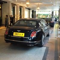 Photo taken at Hyatt Regency London - The Churchill by Richard C. on 10/30/2012