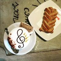 Foto scattata a Caffè della Lirica da Pier Carlo D. il 5/10/2016