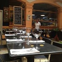 Foto tomada en Restaurante Oh! La La por Luis P. el 3/2/2013