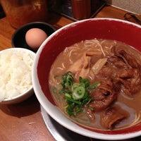 Photo taken at 徳島ラーメン 麺王 高松駅前店 by Kei H. on 11/18/2012