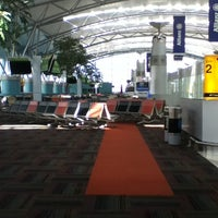 Photo taken at X-Ray Cabin Int'l Terminal 3 by Bagus y. on 12/21/2012