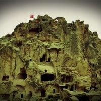 4/20/2013 tarihinde Deniz E.ziyaretçi tarafından Uçhisar Kalesi'de çekilen fotoğraf