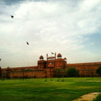 Photo taken at Red Fort (Lal Qila) by Weiru T. on 7/10/2013