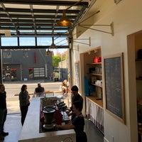 4/25/2018にEdward P.がGeneral Porpoise Coffee & Doughnutsで撮った写真