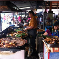 Photo taken at Medan Ikan Bakar Bellamy by Mira S. on 1/23/2013