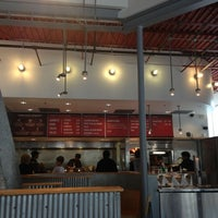 10/8/2012 tarihinde Oğuz D.ziyaretçi tarafından Chipotle Mexican Grill'de çekilen fotoğraf