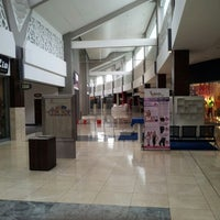 Photo taken at Bagatelle Mall Of Mauritius by Nead on 2/13/2013