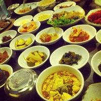 Photo taken at Chang Jing Korean BBQ by Hoang V. on 9/17/2012