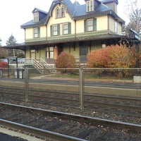 Photo taken at NJT - Fanwood Station (RVL) by Matthew D. on 11/19/2012
