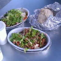 Photo taken at Chipotle Mexican Grill by Gloria P. on 9/27/2012