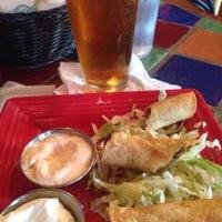 5/26/2014 tarihinde Melissa .ziyaretçi tarafından Original Taco House'de çekilen fotoğraf