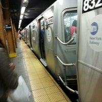 Photo taken at MTA Subway - 8th St/NYU (R/W) by ✈--isaak--✈ on 4/26/2014