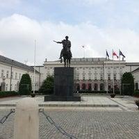 Photo taken at Ambasada Republiki Francuskiej by Loïc H. on 6/26/2013