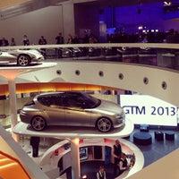 Das Foto wurde bei Mercedes-Benz Museum von Yvonne Z. am 5/6/2013 aufgenommen