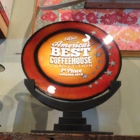 Photo taken at Ipsento Coffee House by Kim on 7/29/2013