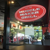 Photo taken at Muscle Maker Grill by Erick B. on 9/16/2017