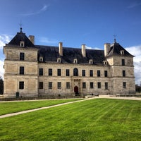 Photo taken at Chateau D'ancy Le Franc by Valérie T. on 4/12/2013