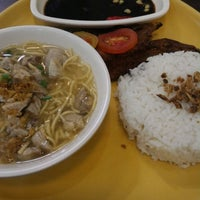 Photo taken at Ted's La Paz Batchoy by Vic M. on 12/30/2015