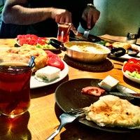 10/20/2012 tarihinde denizdotcomziyaretçi tarafından Pişi Breakfast & Burger'de çekilen fotoğraf