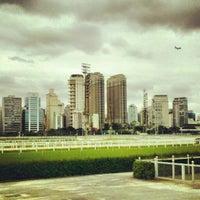 Foto tirada no(a) Jockey Club de São Paulo por Vinicius G. em 1/11/2013