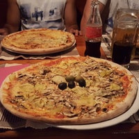 Photo taken at Pizzeria Gušt by Mariana T. on 6/26/2016
