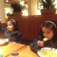 Photo taken at Olive Garden by Srivatsan N. on 2/4/2013