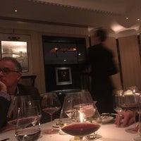 Photo taken at Restaurant Gordon Ramsay by Tahony on 11/29/2017