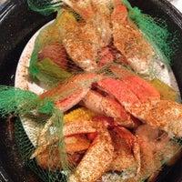 Photo taken at Joe's Crab Shack by Wunna K. on 9/29/2013