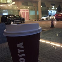 Photo taken at Costa Coffee by 🇸🇦Abdulrahman b. on 2/19/2016