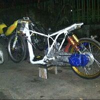 Photo taken at WBM (Wahana Baru Motor) by Bagaskoro W. on 10/4/2012