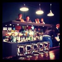 Снимок сделан в The Hat Bar пользователем Marina L. 10/26/2012