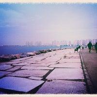 Снимок сделан в Bostanlı Sahili пользователем Ömer G. 12/18/2012