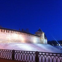 Das Foto wurde bei Novgorod Kremlin von Roman am 3/28/2013 aufgenommen