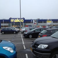Photo taken at Makro by Remie t. on 12/19/2012