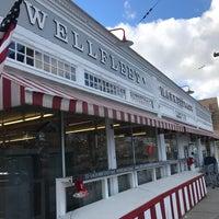 Photo taken at Wellfleet Marketplace by Robert P. on 12/30/2016
