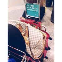 Photo taken at Emirates Checkin Counter by Syakira N. on 1/24/2013