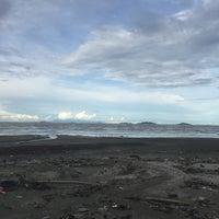 Foto tomada en Pantai Mersing por Wafiq el 12/1/2017