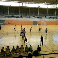 Photo taken at Centre Esportiu Municipal Espanya Industrial by Joseba on 4/2/2017