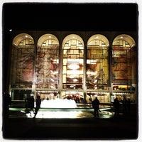 Foto scattata a Metropolitan Opera da Lori C. il 4/17/2013
