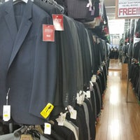 Photo taken at Hollywood Suit Outlet by Patrick A. on 9/28/2014