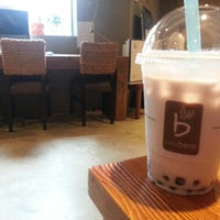 Photo taken at caffe bene 카페베네 by Georgeanna H. on 8/7/2013