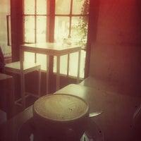 Das Foto wurde bei Kaffeefabrik von Bettina Freiberger am 3/3/2014 aufgenommen