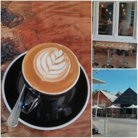 Photo taken at Parklane Espresso by zigiprimo on 10/18/2013