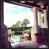 Foto tomada en The Spa at Ponte Vedra Inn & Club  por Kyle W. el 4/13/2013